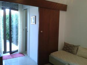 Collins Apartments, Appartamenti  Pola - big - 14