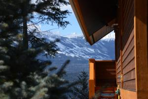Two Bedroom Chalet with Mountain View