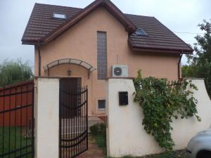 Airport Residence Villa