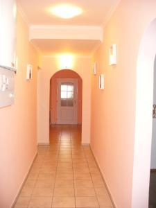 Apartman Nadezda, Apartmány  Karlove Vary - big - 20