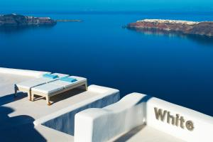 White Santorini Suites & Spa (Ημεροβίγλι)