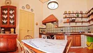 Casa Barone Agnello, B&B (nocľahy s raňajkami)  Cefalu - big - 8