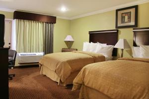 Econo Lodge Inn & Suites Mesa, Hotel  Mesa - big - 3
