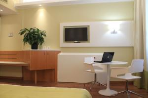Best Western Mirage Hotel Fiera, Hotels  Paderno Dugnano - big - 17