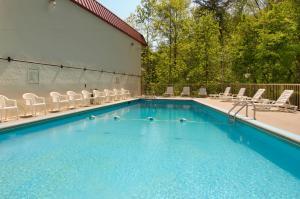 Motel 6 Gatlinburg Smoky Mountains, Hotels  Gatlinburg - big - 4