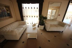 Menada Apartments in Golden Rainbow, Apartmány  Slnečné pobrežie - big - 18