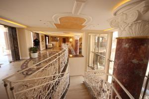 Menada Apartments in Golden Rainbow, Apartmány  Slnečné pobrežie - big - 19