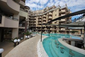 Menada Apartments in Golden Rainbow, Apartmány  Slnečné pobrežie - big - 29