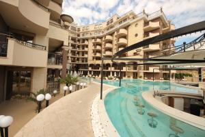 Menada Apartments in Golden Rainbow, Apartmány  Slnečné pobrežie - big - 40