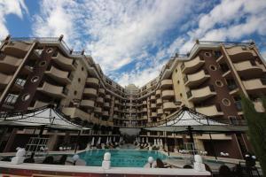 Menada Apartments in Golden Rainbow, Apartmány  Slnečné pobrežie - big - 35