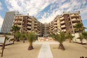 Menada Apartments in Golden Rainbow, Apartmány  Slnečné pobrežie - big - 44