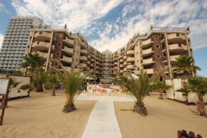 Menada Apartments in Golden Rainbow, Apartmány  Slnečné pobrežie - big - 25