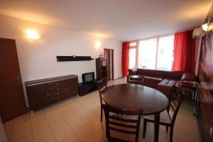 Menada Esperanto Apartments, Apartmány  Slunečné pobřeží - big - 14