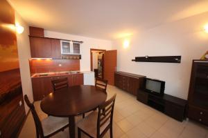 Menada Esperanto Apartments, Apartmány  Slunečné pobřeží - big - 19
