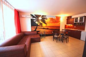 Menada Esperanto Apartments, Apartmány  Slunečné pobřeží - big - 18