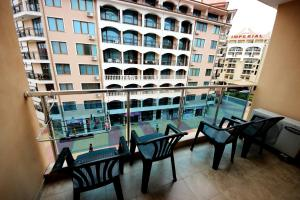 Menada Esperanto Apartments, Apartmány  Slunečné pobřeží - big - 16