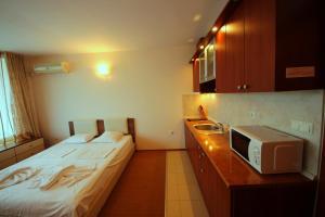 Menada Esperanto Apartments, Apartmány  Slunečné pobřeží - big - 3