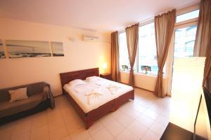 Menada Esperanto Apartments, Apartmány  Slunečné pobřeží - big - 85