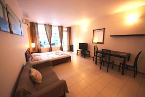 Menada Esperanto Apartments, Apartmány  Slunečné pobřeží - big - 115