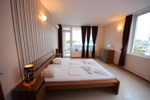 Menada Esperanto Apartments, Apartmány  Slunečné pobřeží - big - 90