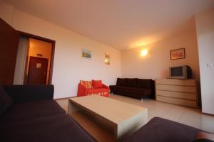 Menada Esperanto Apartments, Apartmány  Slunečné pobřeží - big - 88