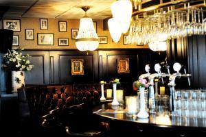Amadore Hotel Restaurant Arneville, Hotely  Middelburg - big - 5