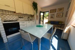 B&B Massico Apartments, Bed and breakfasts  Sant'Agnello - big - 16
