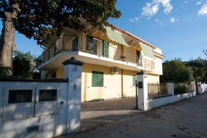 B&B Massico Apartments, Bed and breakfasts  Sant'Agnello - big - 19
