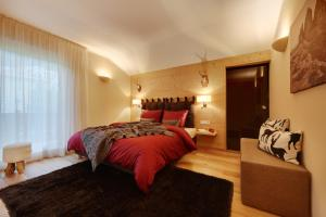 Crioli Dolomiti Lodge, Apartments  Villabassa - big - 8