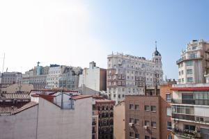 Foster Estudios Plaza España, Apartments  Madrid - big - 8