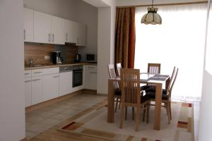 Vicky Apartments, Appartamenti  Niederau - big - 36