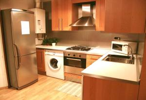 Three-Bedroom Apartment - L'Aurora 11
