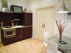 Foster Apartamentos Sol, Apartmanok  Madrid - big - 8
