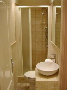 Foster Apartamentos Sol, Apartmanok  Madrid - big - 35