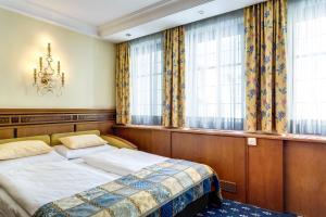 Hotel Mondschein, Hotels  Innsbruck - big - 12