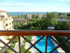 Sea Park Homes Neshkov, Aparthotels  Varna City - big - 15