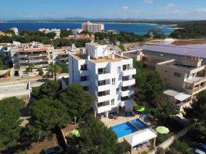 Apartaments Andreas, Apartments  Colonia Sant Jordi - big - 20