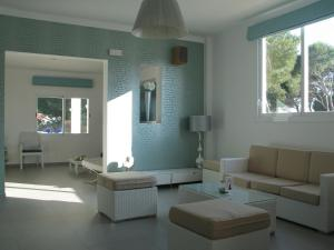 Apartaments Andreas, Apartments  Colonia Sant Jordi - big - 18