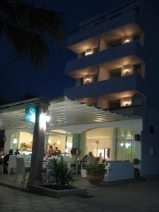 Apartaments Andreas, Apartments  Colonia Sant Jordi - big - 17
