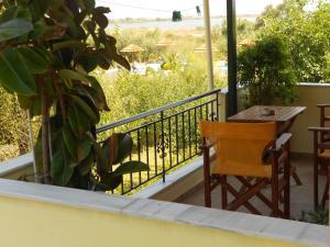 Villa Swan, Apartments  Lefkada Town - big - 4