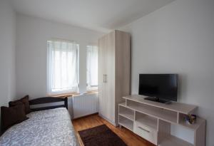Guesthouse Rota, Penzióny  Mostar - big - 17