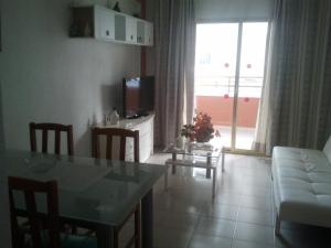 Apartamentos Ocaña, Apartments  Cala de Finestrat - big - 47