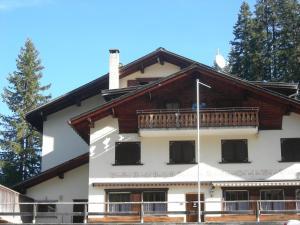 Berghaus Schifer, Мини-гостиницы  Клостерс-Зернойс - big - 1