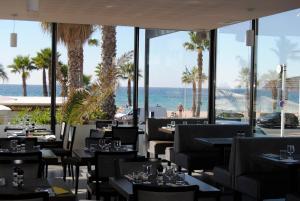 Appart'hôtel Le Dauphin, Apartmánové hotely  Six-Fours-les-Plages - big - 38