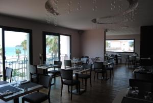 Appart'hôtel Le Dauphin, Apartmánové hotely  Six-Fours-les-Plages - big - 35