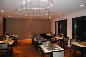 Appart'hôtel Le Dauphin, Apartmánové hotely  Six-Fours-les-Plages - big - 30