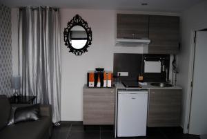 Appart'hôtel Le Dauphin, Apartmanhotelek  Six-Fours-les-Plages - big - 8