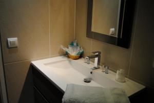 Appart'hôtel Le Dauphin, Apartmánové hotely  Six-Fours-les-Plages - big - 13