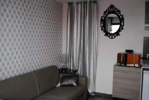 Appart'hôtel Le Dauphin, Apartmánové hotely  Six-Fours-les-Plages - big - 16
