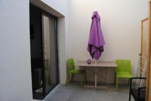 Appart'hôtel Le Dauphin, Apartmánové hotely  Six-Fours-les-Plages - big - 2